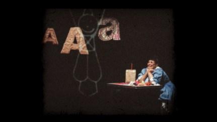"""Teuda Bara, na peça """"A primeira perda da minha vida"""""""