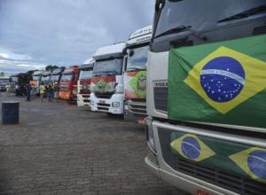 Caminhoneiros em Brasília em paralisação em 2015 (Valter Campanato/AB)