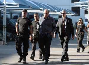 Governador Pezão é preso pela Polícia Federal (EFE/ Marcelo Sayao/direitos reservados)
