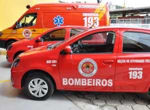 Três viaturas entregues ao Corpo de Bombeiros pela Prefeitura de Blumenau - foto de Eraldo Schnaider