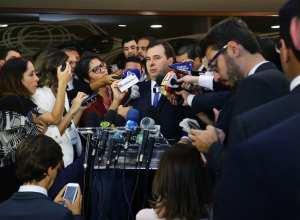 Dep. Rodrigo Maia (DEM-RJ) presidente da câmara eleito, concede entrevista Rodrigo Maia concede entrevista coletiva após a eleição - foto de Michel Jesus/Câmara dos Deputados