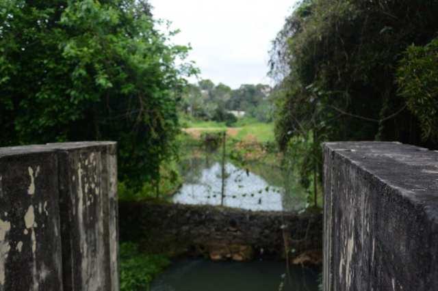 O muro de gabião está localizado nas comportas do Dique da Rua Santa Efigênia