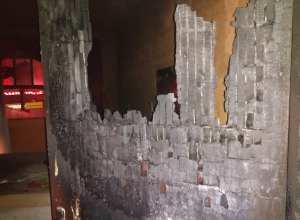 Casa foi parcialmente destruída por incêndio na Velha Central - foto do Corpo de Bombeiros