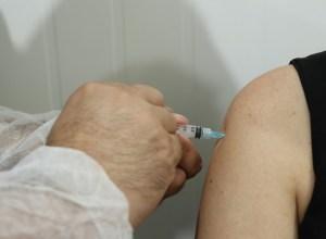 Vacina contra a Covid-19 - foto de Eraldo Schnaider