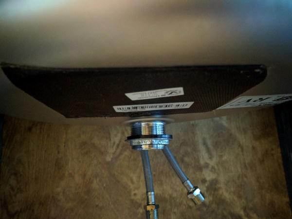 Dometic VA7306 Sink Install (22)
