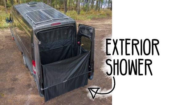 Exterior-Shower-Heading-(1200px)