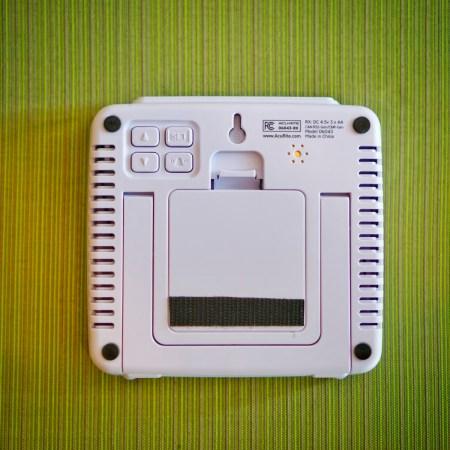 AcuRite-01094M-Temperature-Humidity-Station-1