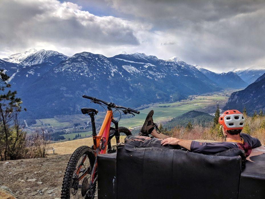 Faroutride Pemberton Bike Couch