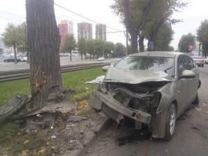 В Екатеринбурге начали судить таксиста, который устроил смертельную аварию на проспекте Космонавтов