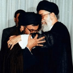 nasrallah_kissing_hand_of_khamenei_468x380_001