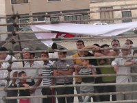 تصاویر – سه نفر در کرج در ملاء عام حلق اویز شدند