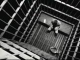 انتقال و اعتصاب بیش از ۵۰ تن از زندانی سیاسی