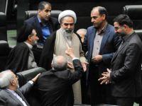 روحالله حسینیان: صالحی را باید داخل راکتور اراک دفن کرد و روی ان سیمان ریخت