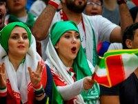 همشهری: ورود زنان به سالنهای ورزشی آزاد شد