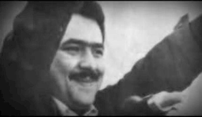 حمید نصیری: در ستايش مردي از بذل ماه