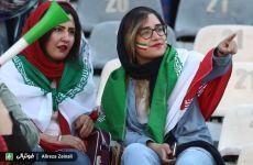 تودهنی محکم زنان ایرانی به اخوندها
