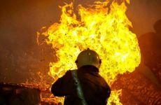 آتش سوزی در انبار کالای میدان خمینی تهران