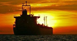 کاهش ۹۰٪ واردات نفت چین از ایران