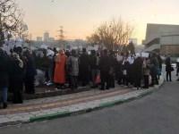 تجمع اعتراضی پرستاران به وضعیت معیشتی خود