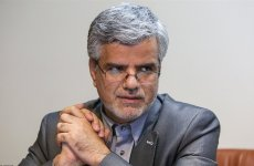 صادقی: در بعضی زندانها، رئیس سازمان زندانها را هم  راه نمیدهند!