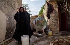 کشته شدن یک مامور رژیم توسط مردم بجان امده از بی ابی در شادگان خوزستان