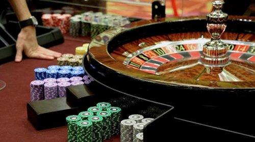 В казино при регистрации деньги онлайн казино игровые аппараты джекпот играть