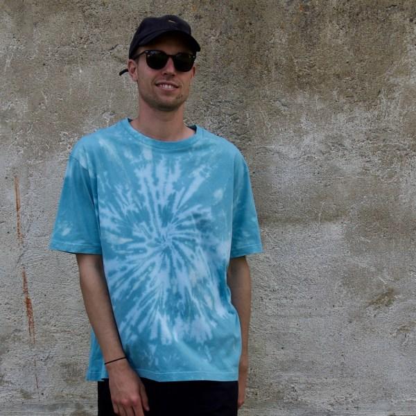 Batik / Tie-Dye Shirt Pool World - Organic, Handmade