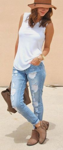Coolest women denim trends idea (19)