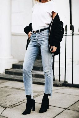 Coolest women denim trends idea (37)