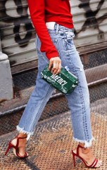 Coolest women denim trends idea (39)
