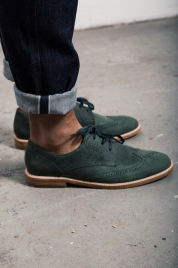 Inspiring wear shoes with jeans (24)