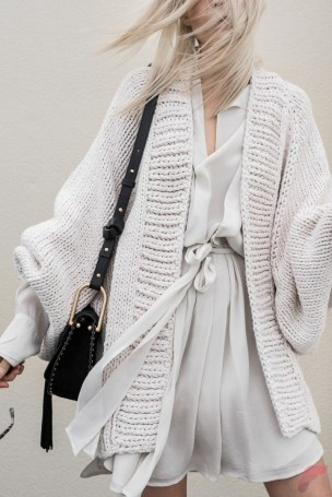 Women cardigan outfit (115)