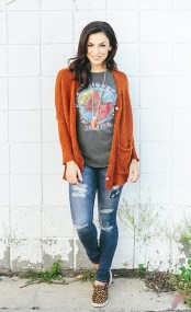 Women cardigan outfit (2)