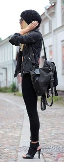Black leather jacket outfit 13