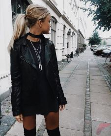 Black leather jacket outfit 19
