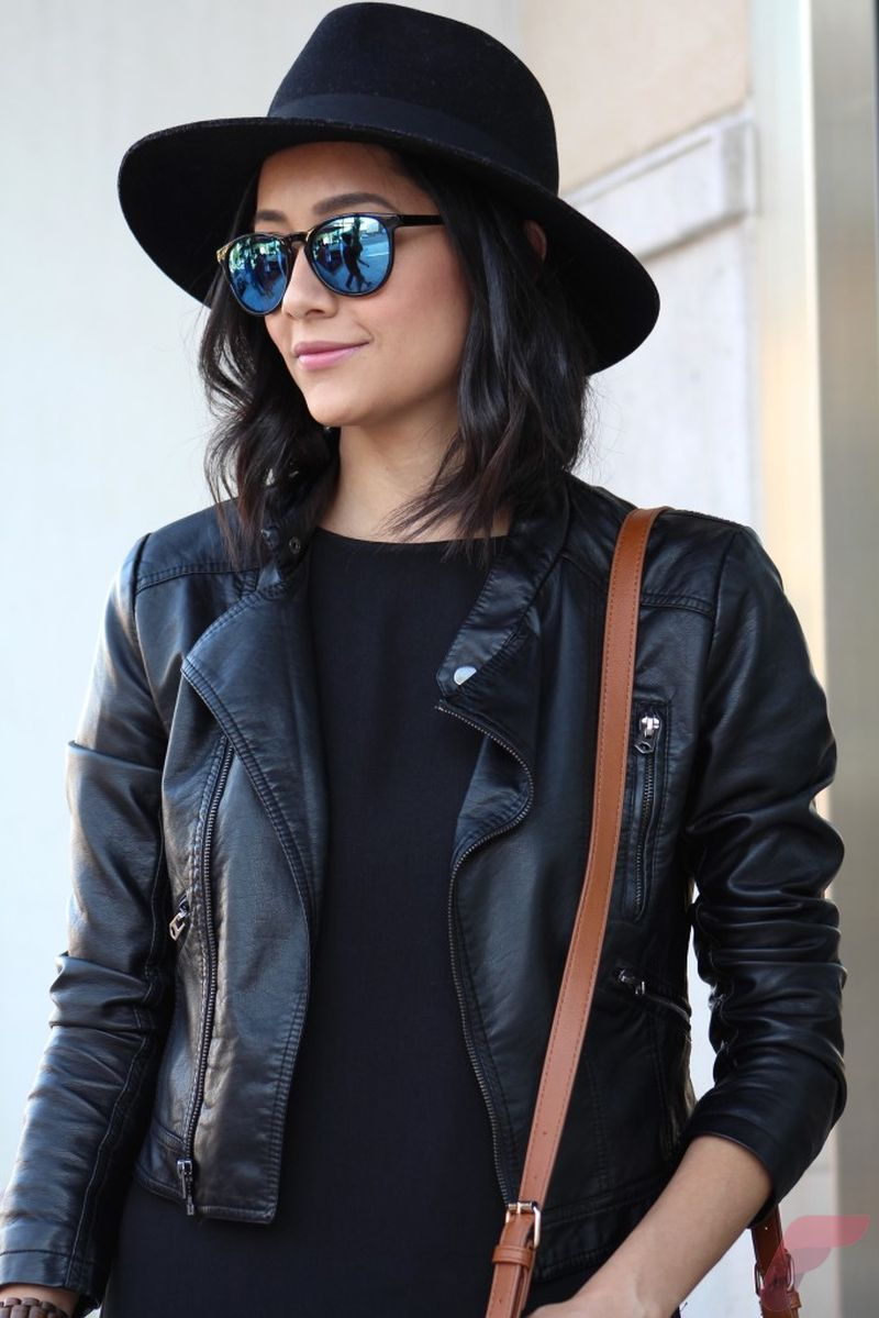 Black leather jacket outfit 2