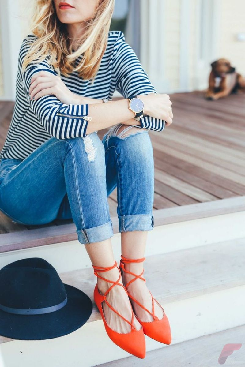 Flat lace up shoes trend 80