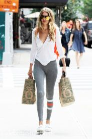 Gigi hadid sneakers outfit on the street 21