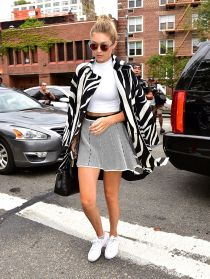 Gigi hadid sneakers outfit on the street 23
