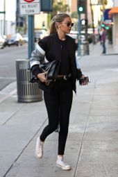 Gigi hadid sneakers outfit on the street 7
