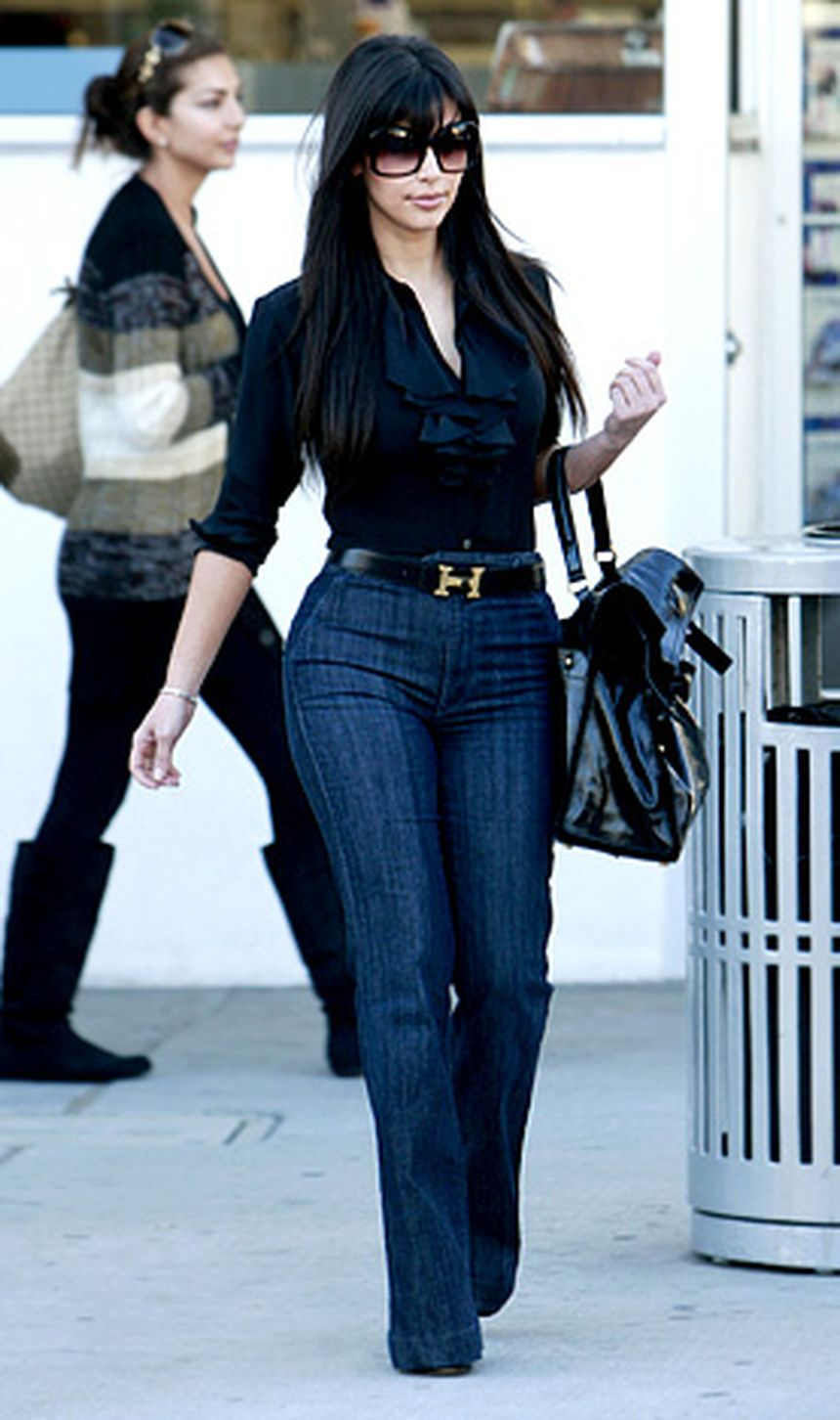 High waisted jeans outfit style 56