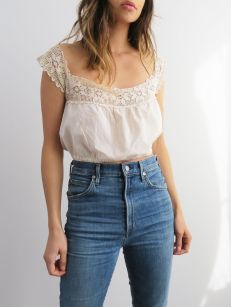 High waisted jeans outfit style 84