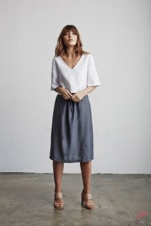 Minimalist style clothing for summer 39