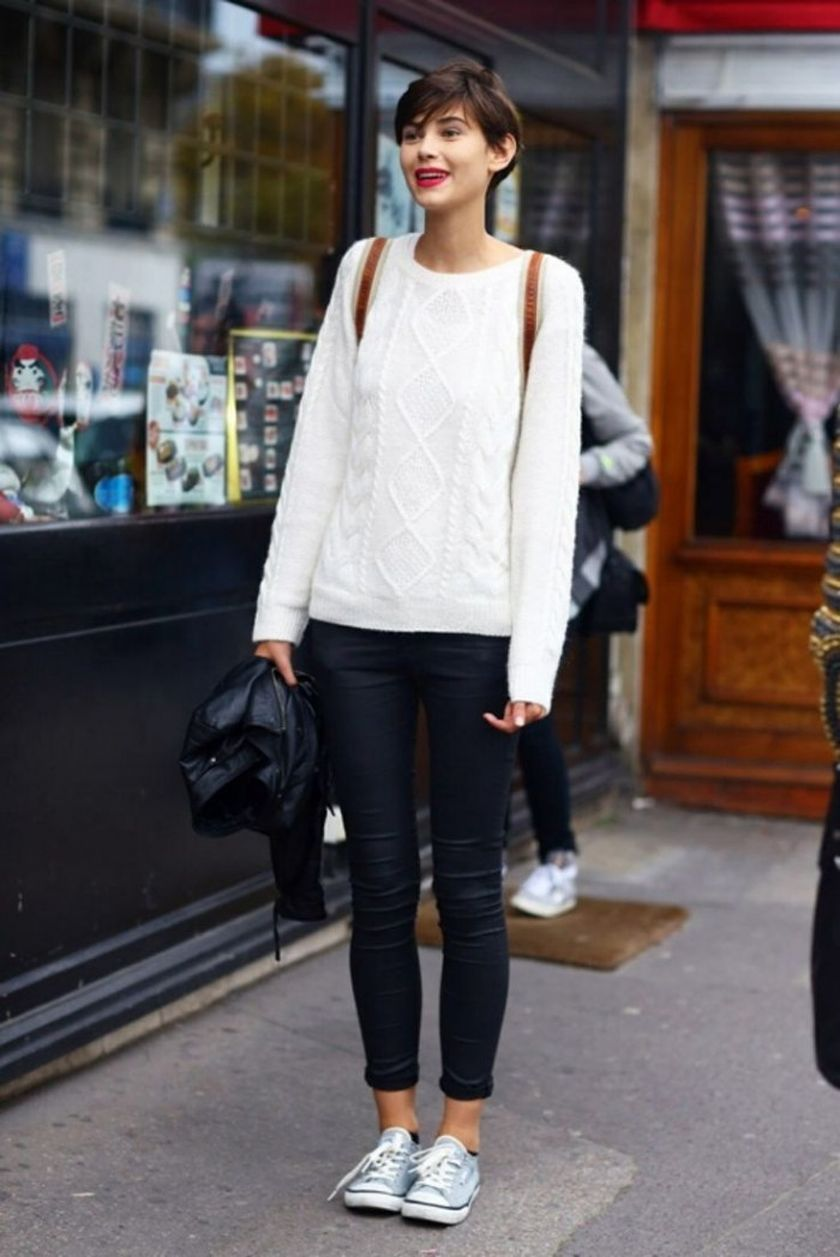Simple casual french style outfits 20