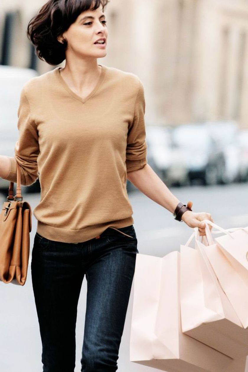 Simple casual french style outfits 35