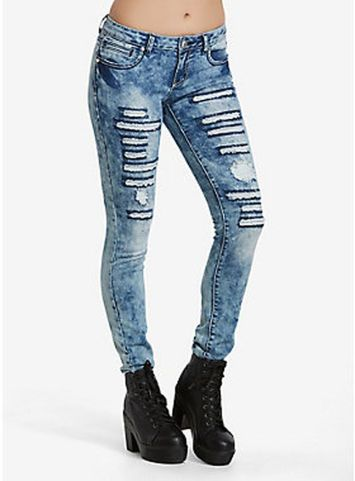 Skinny ripped jeans that will make you rock 2