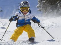 Adorable skiing outfit for your lovely kids 10