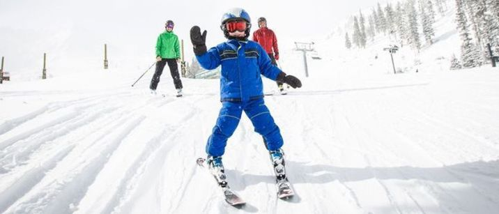 Adorable skiing outfit for your lovely kids 27