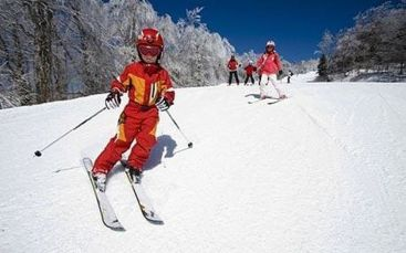 Adorable skiing outfit for your lovely kids 28