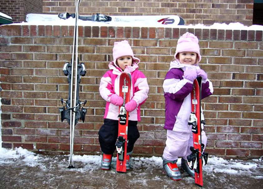 Adorable skiing outfit for your lovely kids 33